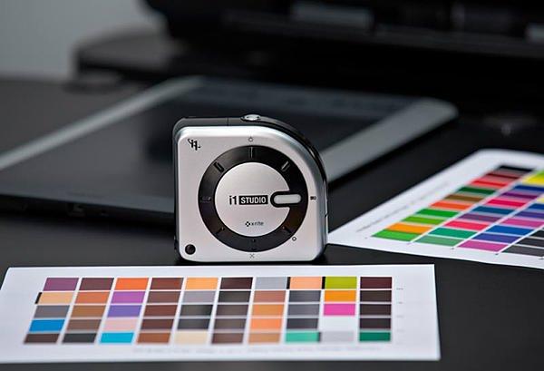 X-Rite推出新款i1Studio多合一分光光度计