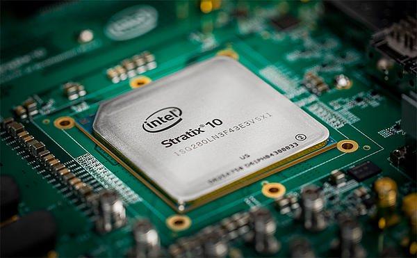Intel开始出货Stratix 10 FPGA,单精度DSP性能超过10TFLOPS